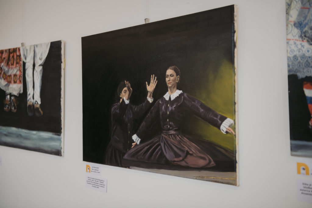 Slike izvješene u galeriji POU Novska.