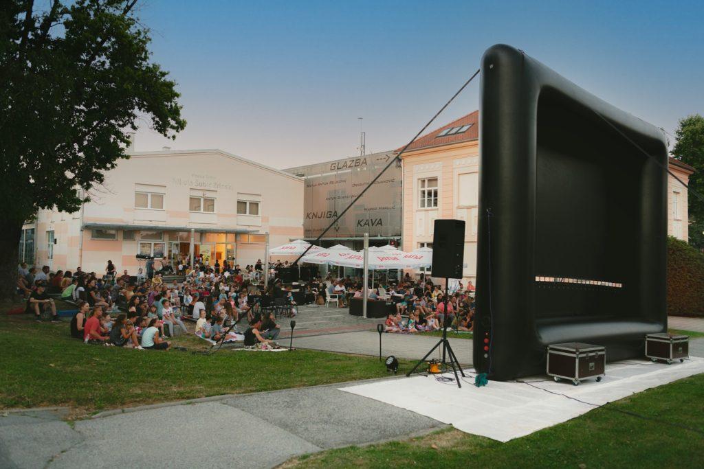 Kino na otvorenom